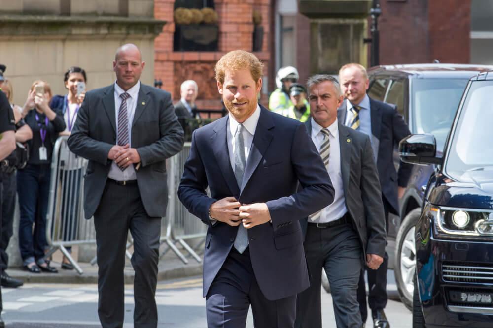 prince harry arriving in leeds