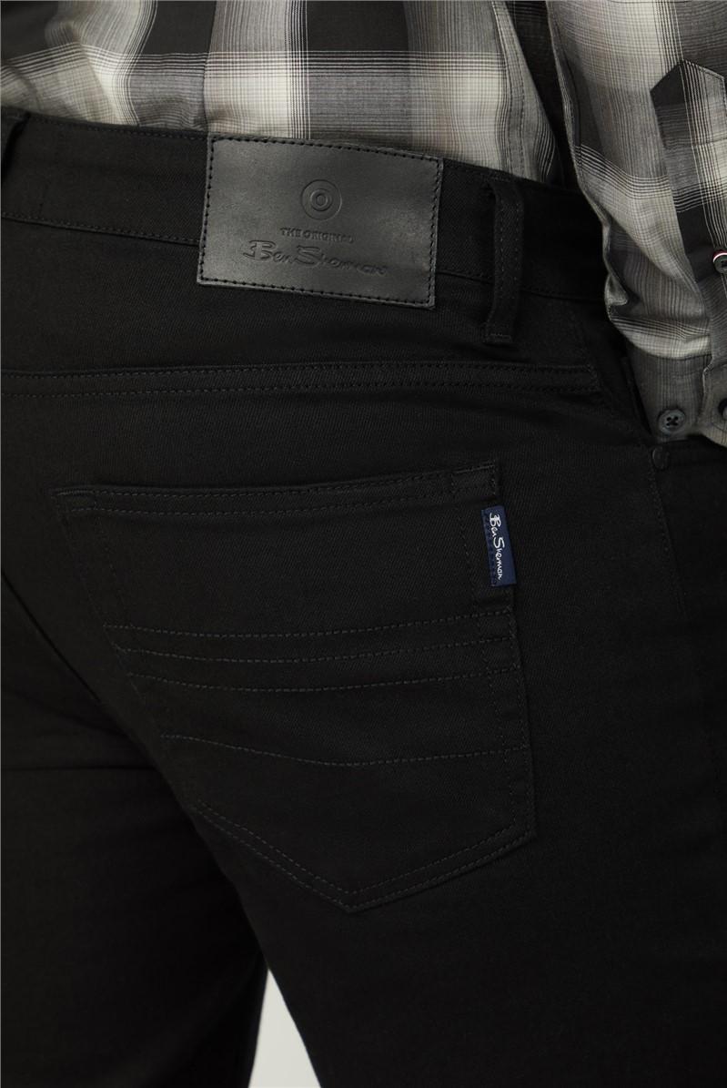 Slim Taper Black Jean