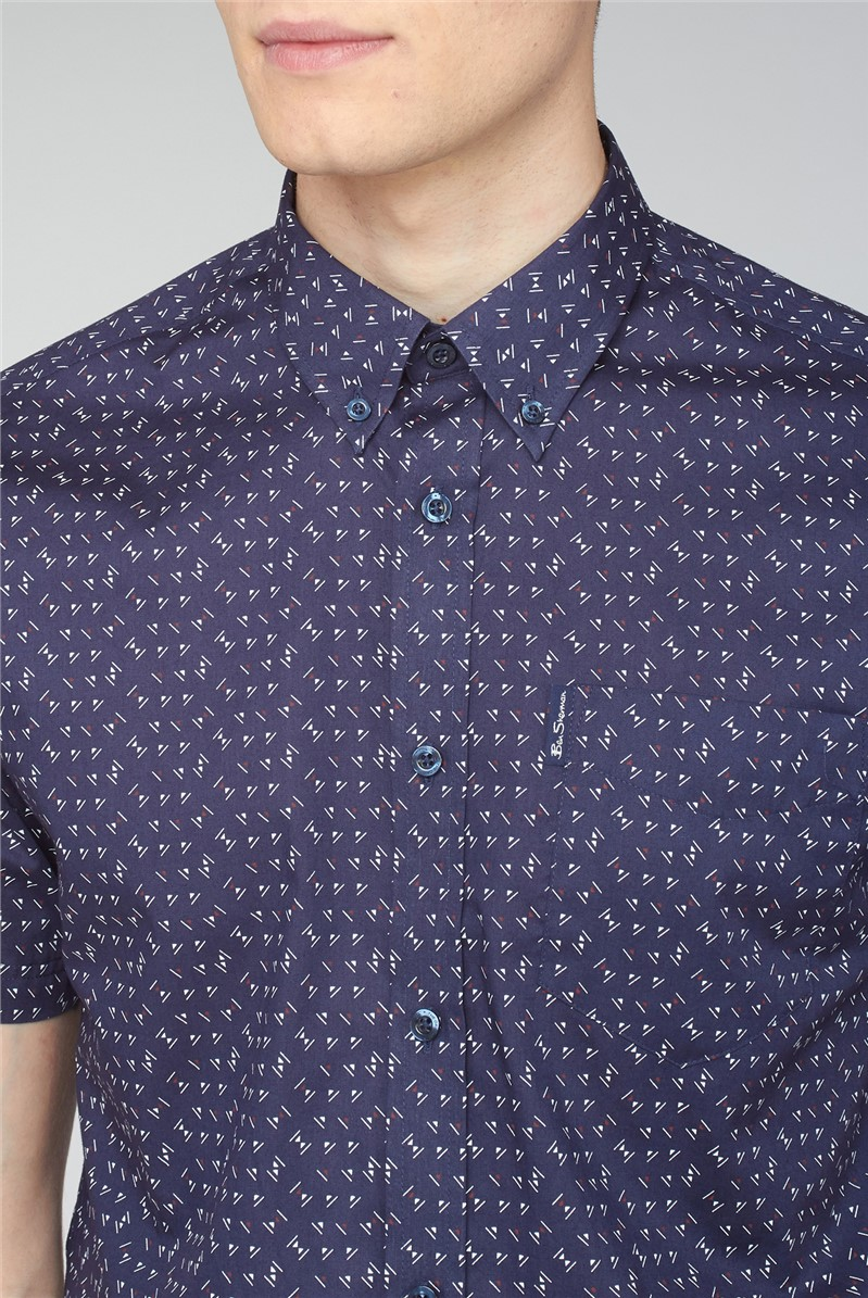Short Sleeve Geometric Triangle Print Shirt
