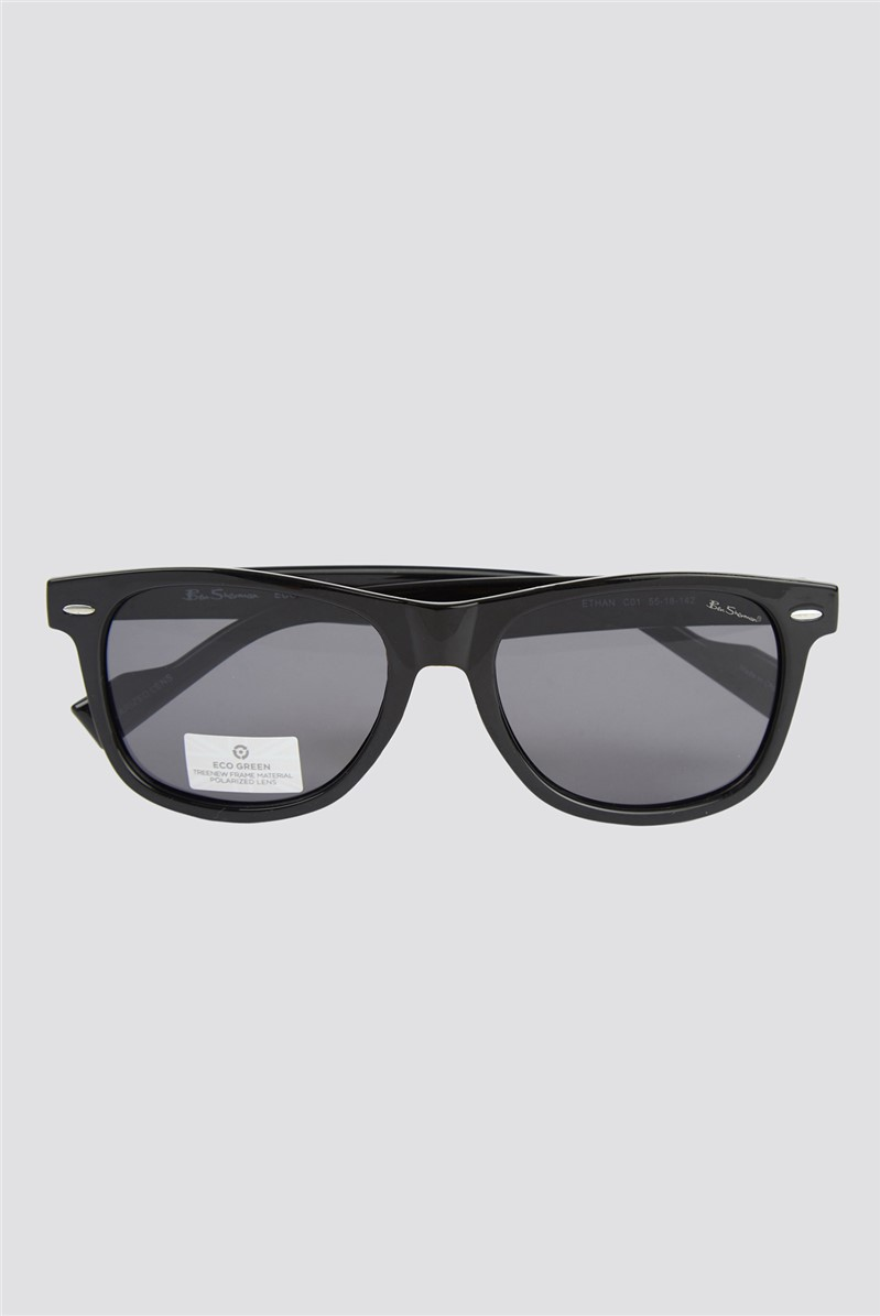 Script Black Contrast Lenses Round Frame Sunglasses