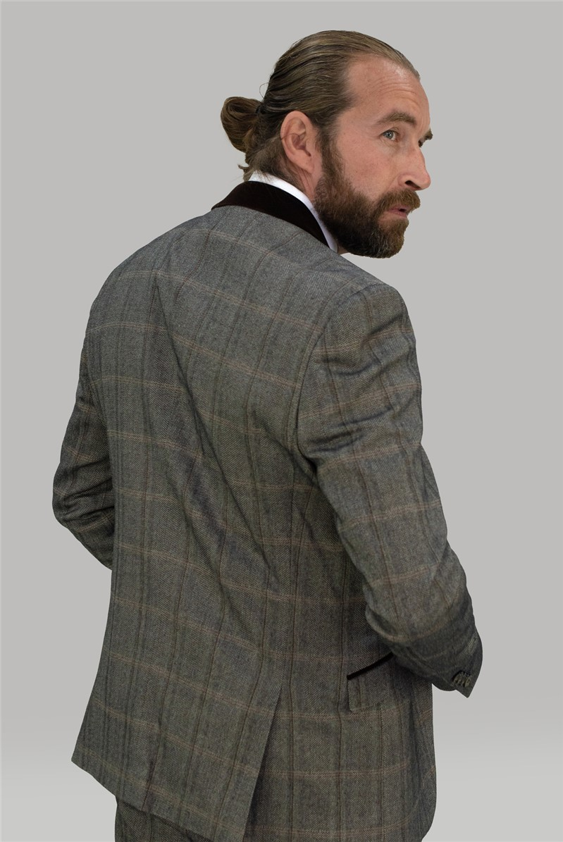 Connall Brown Suit