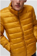 Puffer Jacket in Yellow